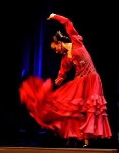 Ballerina andalusa di flamenco