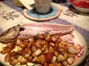 Spigola e patate al rosmarino