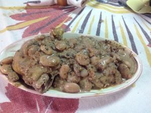 Cosce di pollo alle noci con fagiolane di Garessio